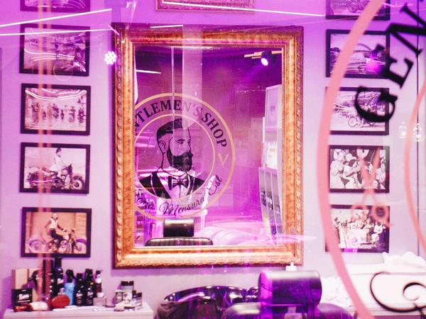Pop-up Barber Shop [2]